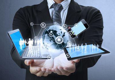 quản lý chấm công bằng thiết bị công nghệ