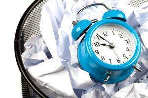 thời gian đang bị lãng phí tại các doanh nghiệp